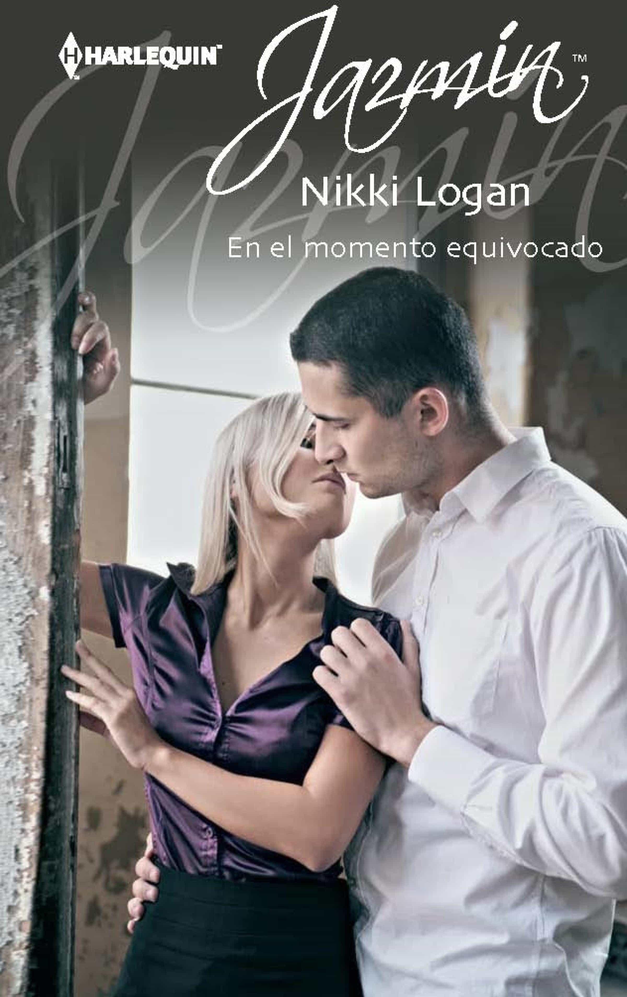 En El Momento Equivocado   por Nikki Logan